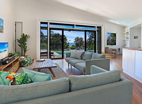 Barefoot Bungalow | Holiday Homes Noosa