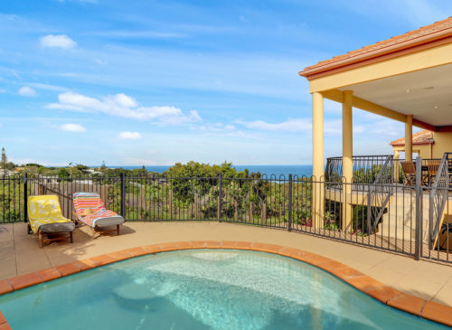 Captains Retreat | Holiday Homes Noosa